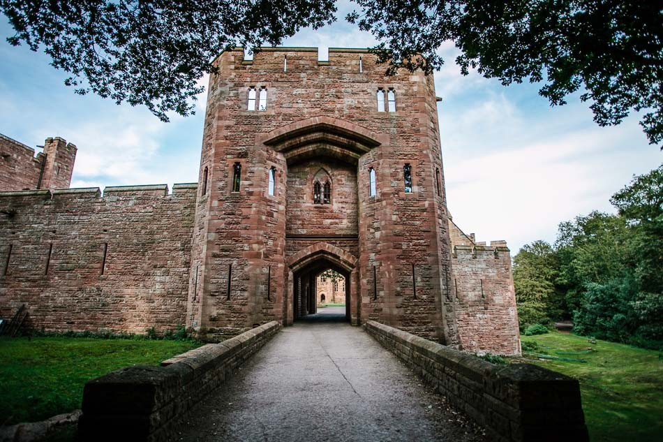 Peckforton castle wedding 491