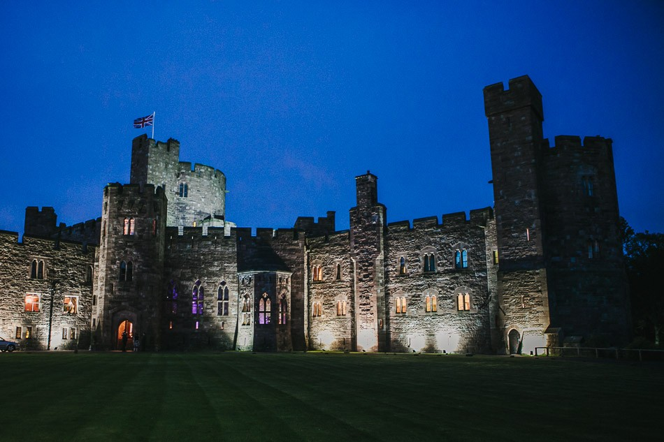 Peckforton castle wedding 640