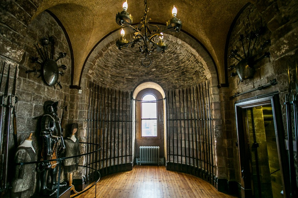 Bamburgh castle interior 7