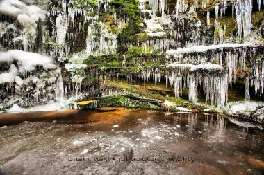 black-clough-ice-1