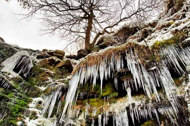 black-clough-ice-3