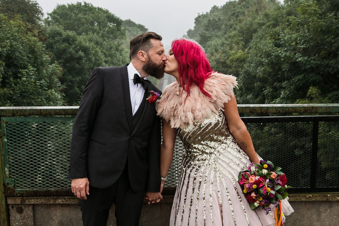 528-diy-wedding-pink-hair