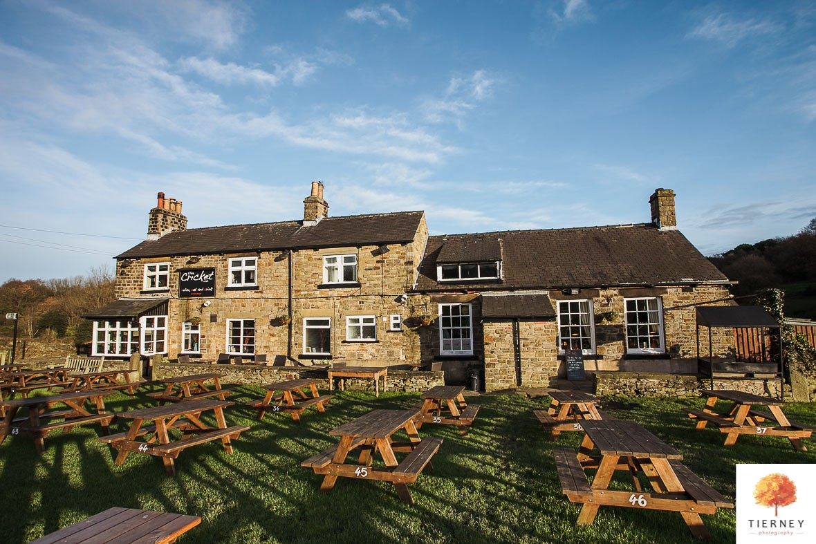 387-the-cricket-inn-wedding-gastropub