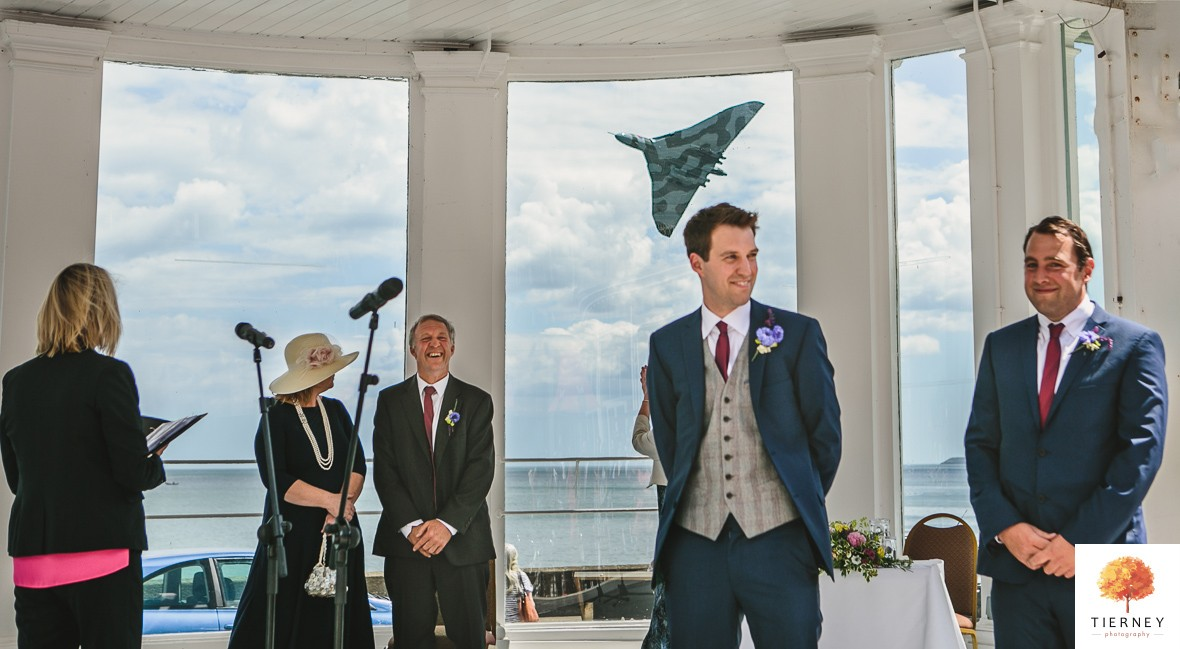 Vulcan-flypast-wedding