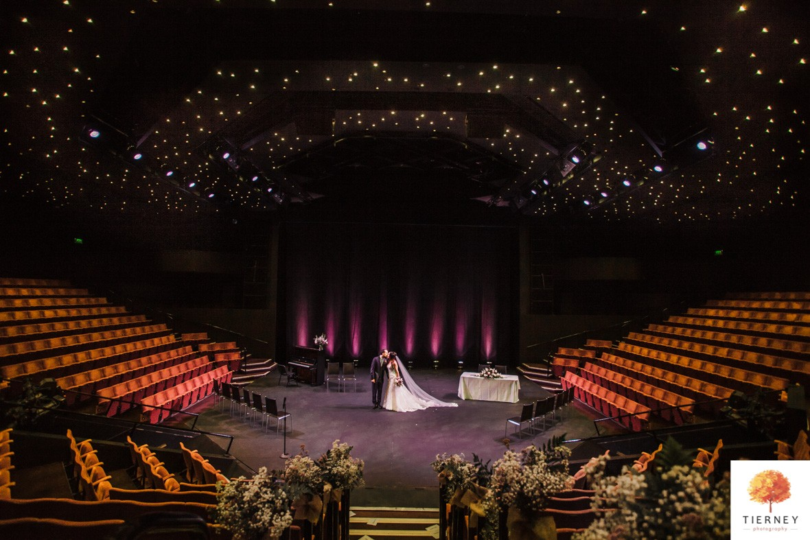 316-crucible-stage-wedding