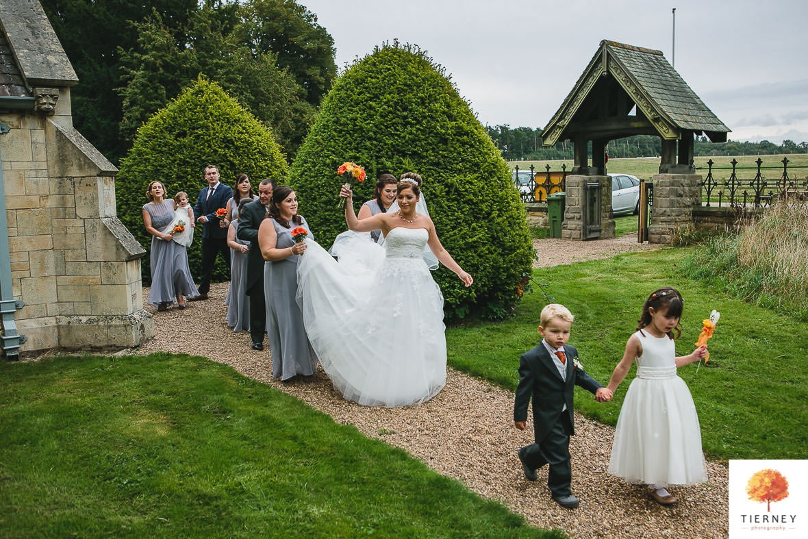 250-2-thoresby-courtyard-wedding