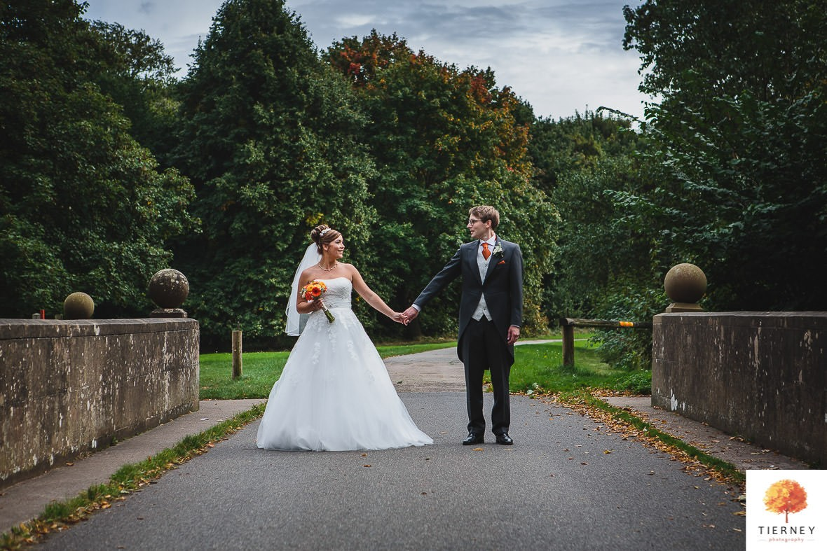 413-2-thoresby-courtyard-wedding