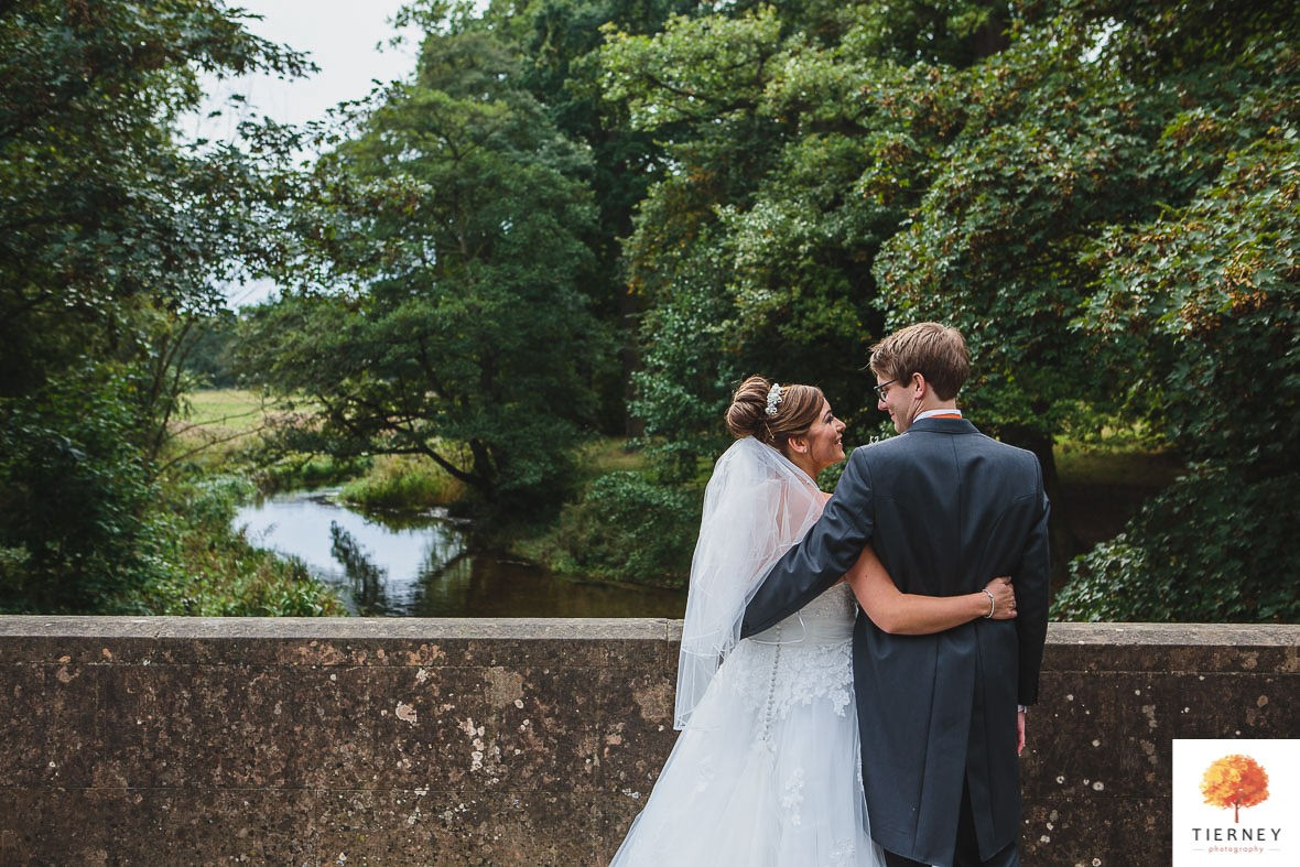 415-thoresby-courtyard-wedding