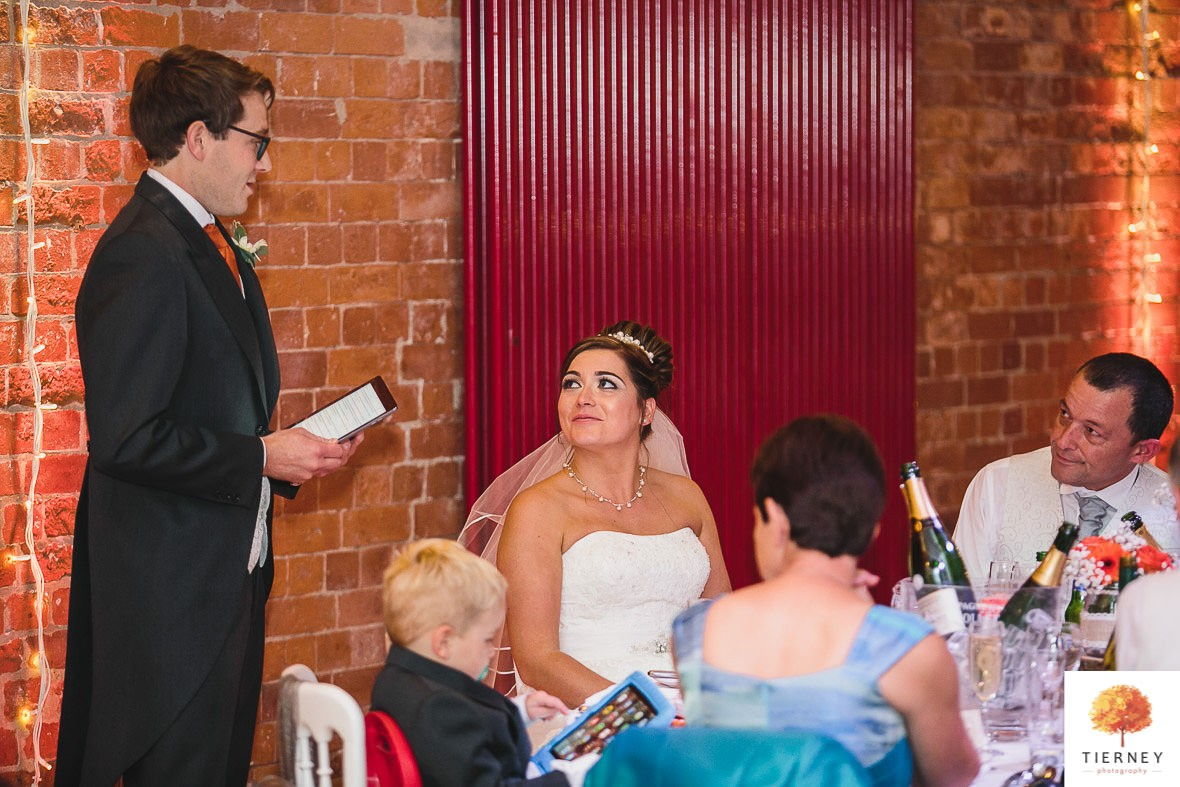 582-2-thoresby-courtyard-wedding