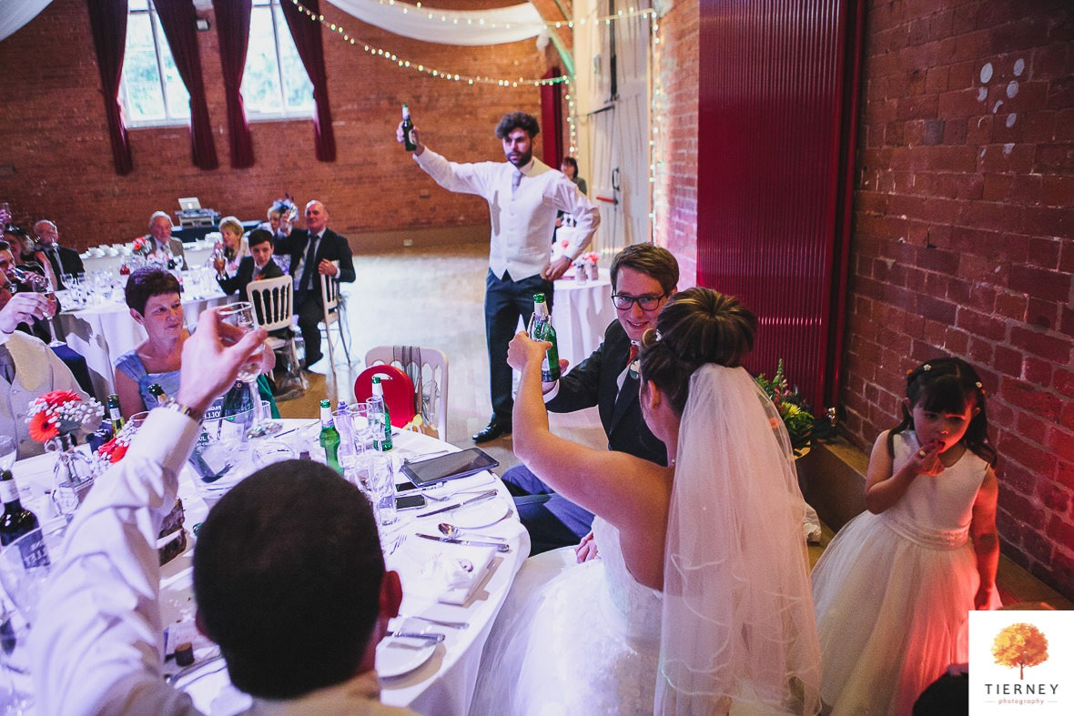 631-2-thoresby-courtyard-wedding