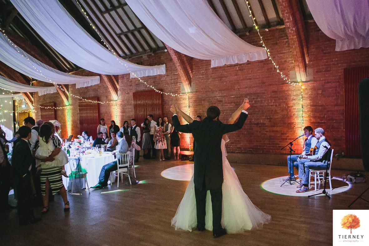 747-2-thoresby-courtyard-wedding