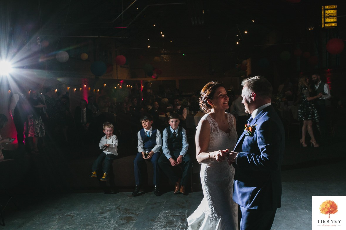 605-wedding-at-kelham-island