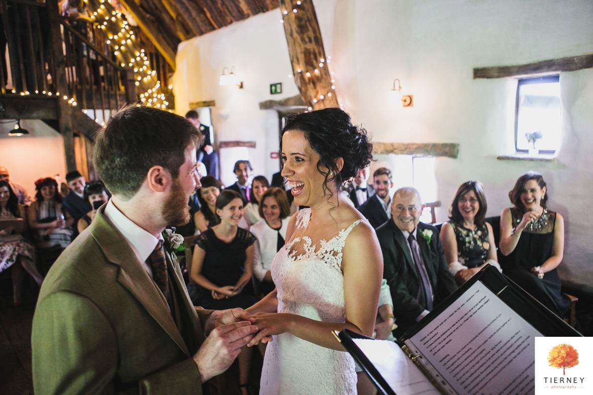 272-cruck-barn-wedding