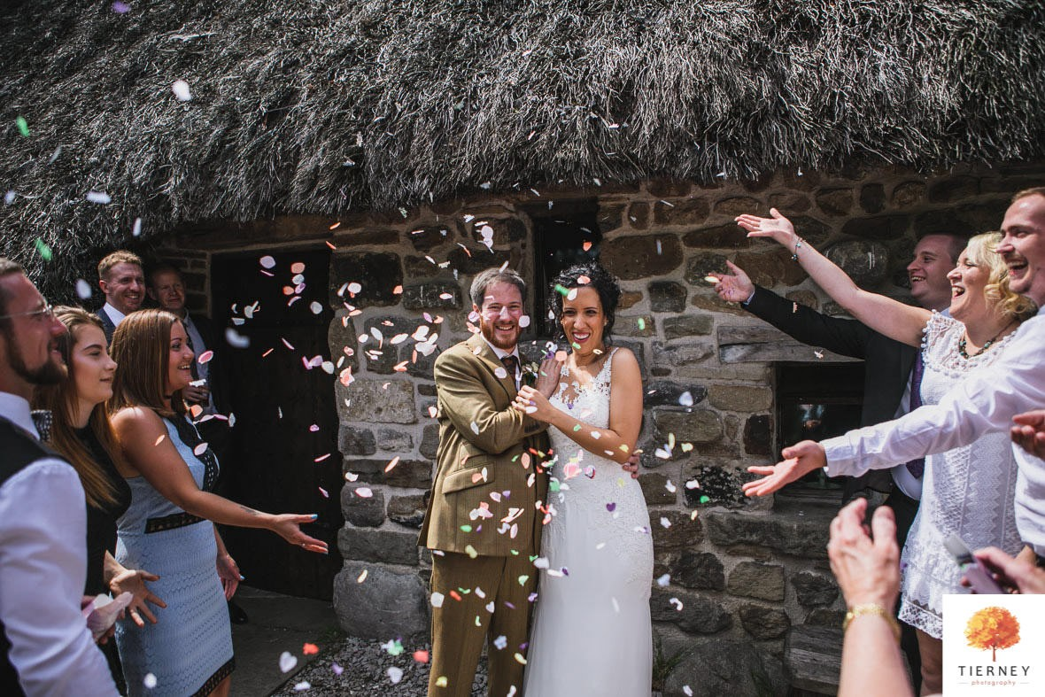 407-cruck-barn-wedding