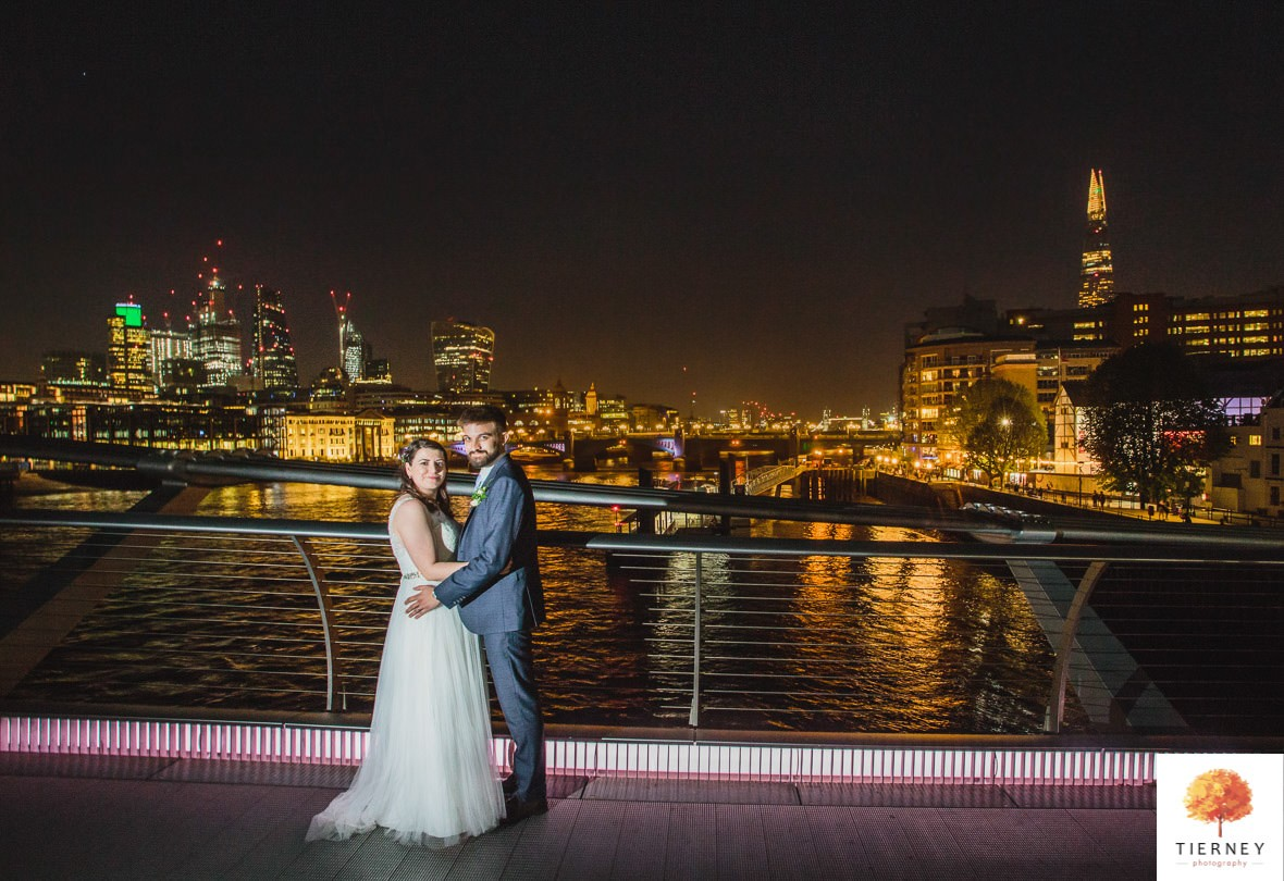 674-river-thames-wedding-photographer