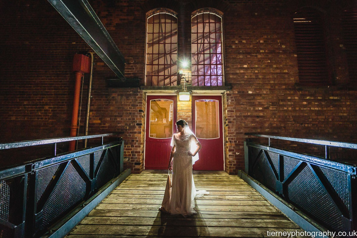 823-wedding-at-kelham-island-museum