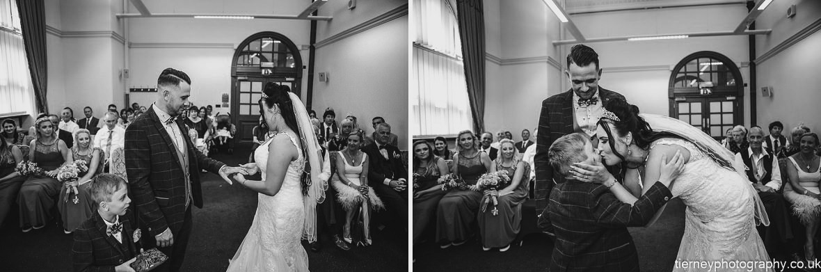 380-sheffield-wedding-photographer-rescued