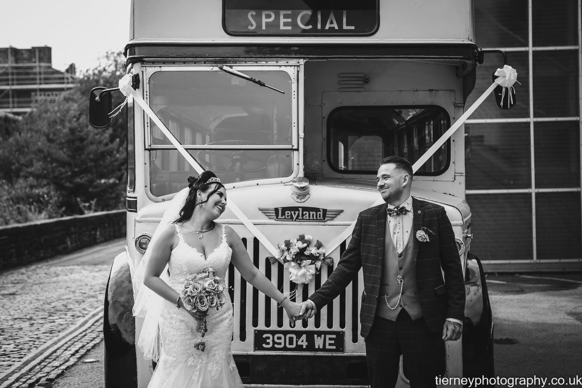 514-sheffield-wedding-photographer-rescued