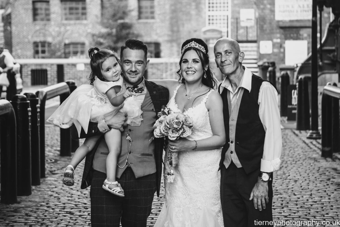 571-sheffield-wedding-photographer-rescued