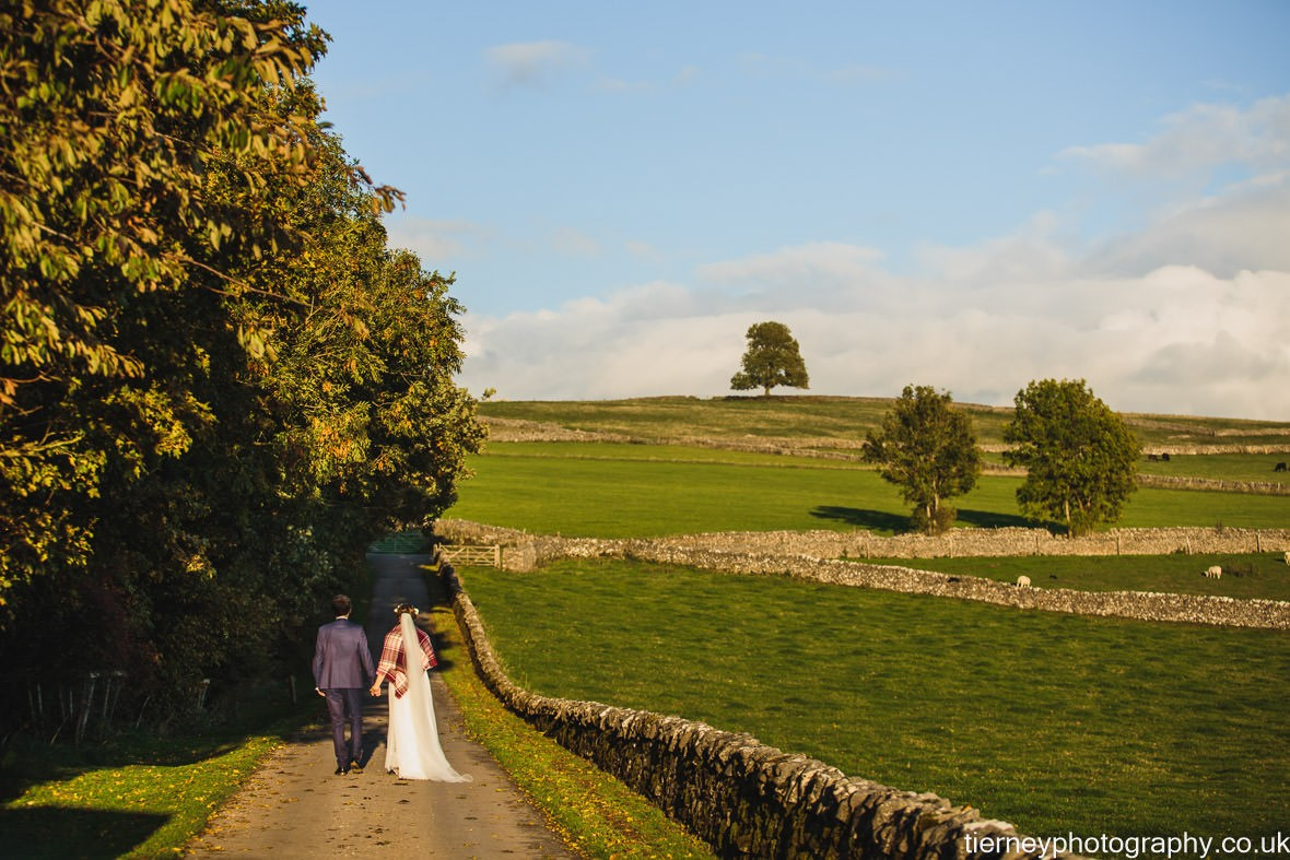 506-peak-district-farm-wedding