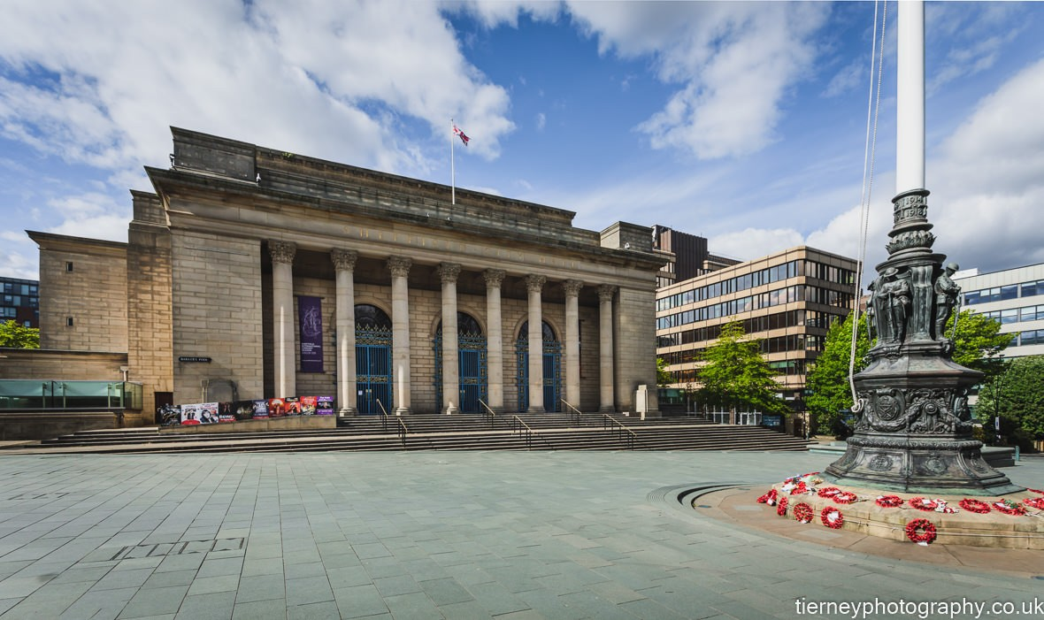 100a0292-city-hall--sheffield-lockdown-2020