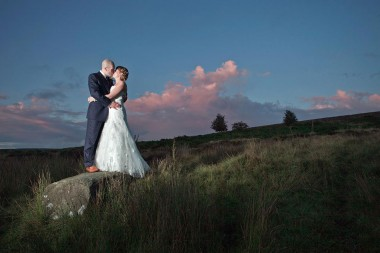 Contemporary wedding photographer 471