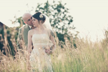 Contemporary wedding photographer 481p