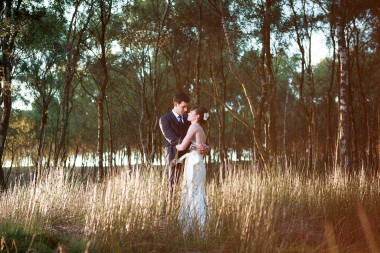 Contemporary wedding photographer 541