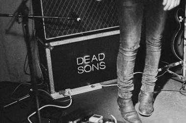 Dead sons  5867