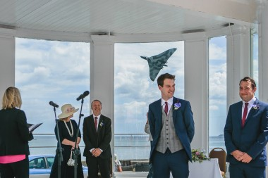 205-vulcan-photobombing-wedding-2
