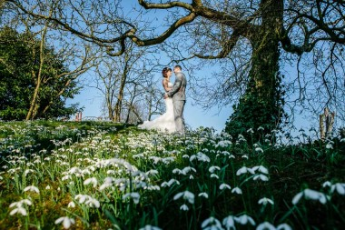 Hodsock priory winter wedding 401-2