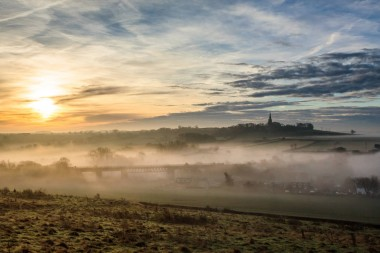 Brookhouse-misty-sunrise
