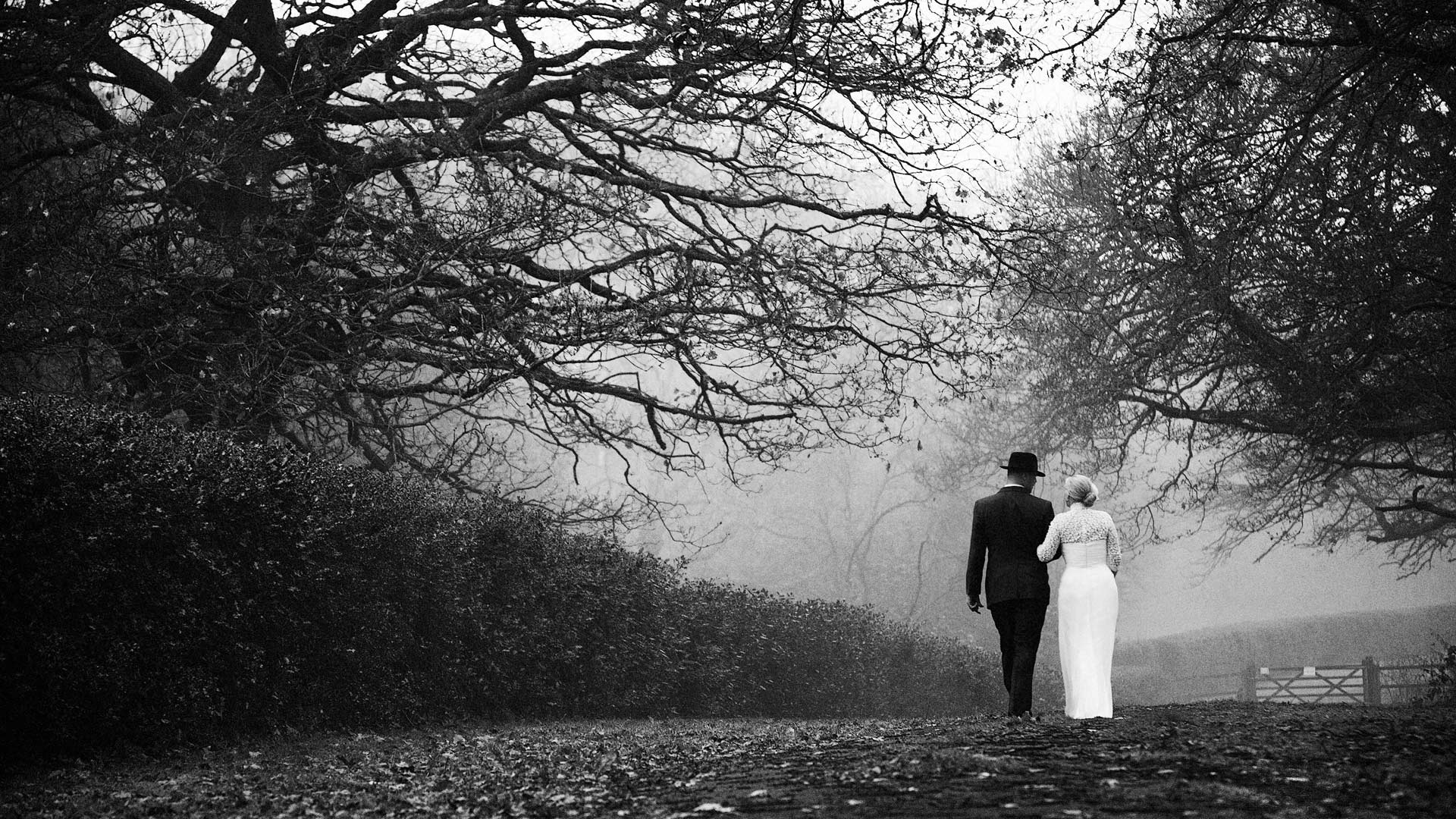 Contemporary wedding photographer located near Sheffield, Yorkshire.